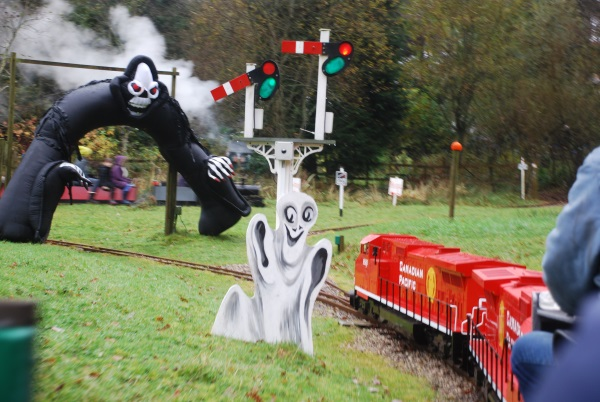 lakes - halloween steam 1